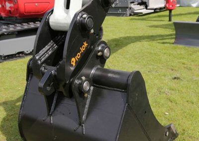 Hill Attach Equipment Dealers | Bow Plant Sales